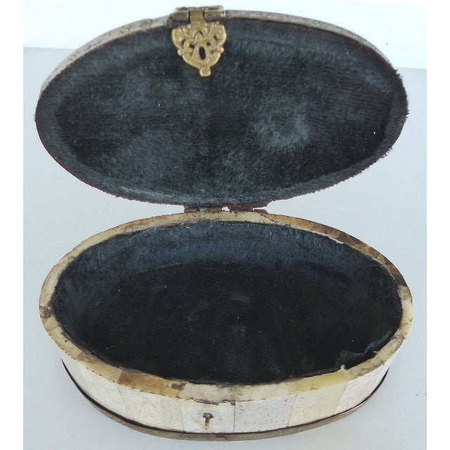 Oval Bone & Brass Trinket Boxes - A Pair - Image 5 of 11