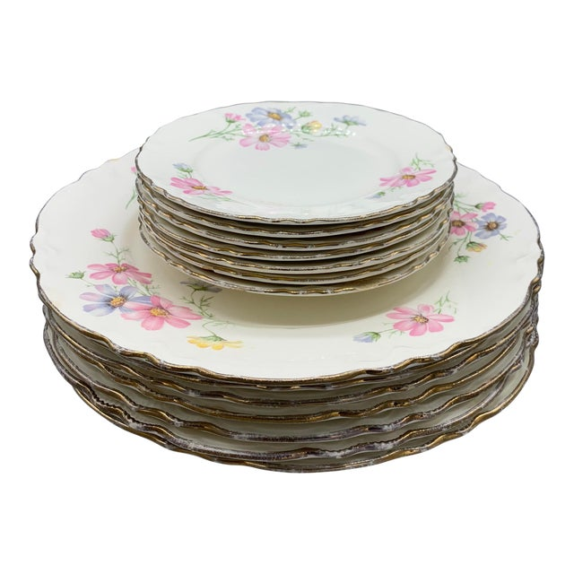 1940s Vintage Homer Laughlin's Virginia Rose Dinner Plates- 21 Pieces For Sale