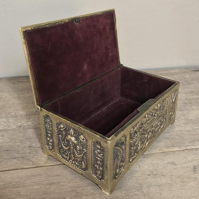 Late 19th Century Jewelry Box, 19th Century French Renaissance, Cast in Bronze For Sale - Image 5 of 13
