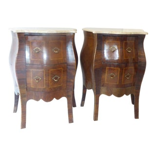 Vintage Italian Walnut Bombe Nightstands - a Pair For Sale