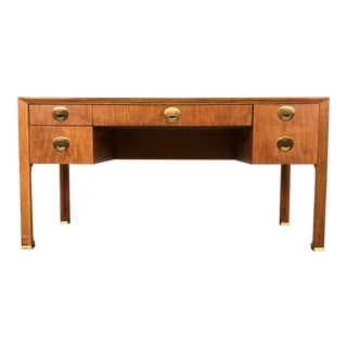 Baker Mid-Century Modern Leather Top Writing Desk For Sale