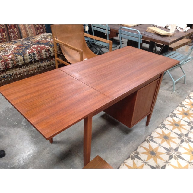 Stunning mid-century writing desk is perfect condition with lovely walnut finish. Great for that one spot you can't figure...