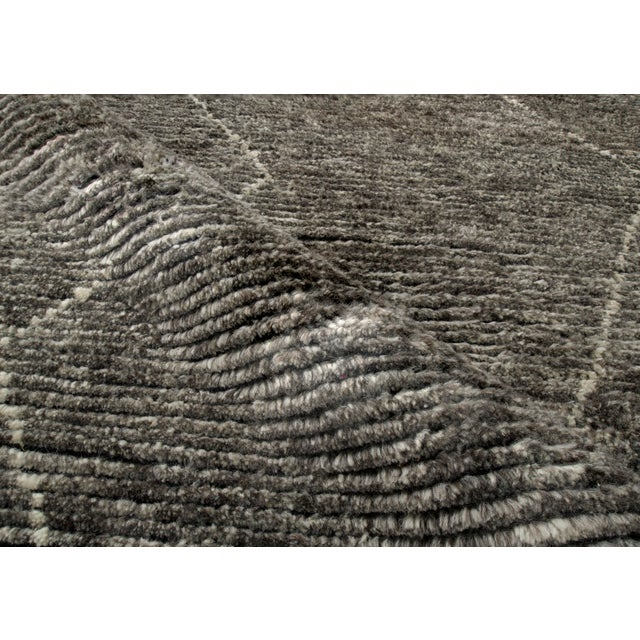 """Contemporary Stark Studio Rugs Baha Rug in Greystone, 10'0"""" x 14'0"""" For Sale - Image 3 of 5"""