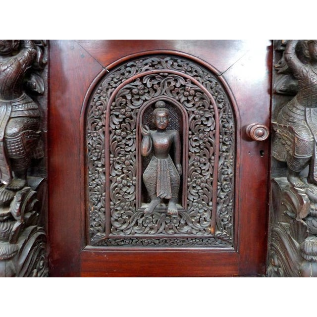 19th Century Burmese Over-Scale Carved Rosewood Anglo-Indian Sideboard For Sale In Miami - Image 6 of 11