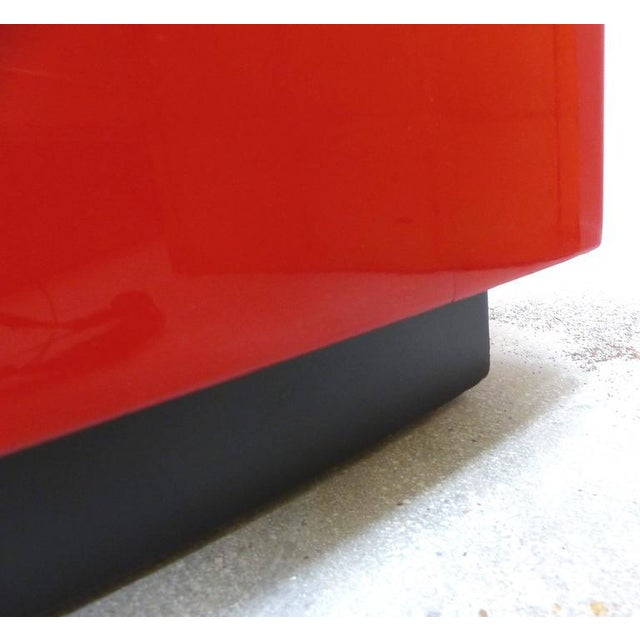 Red Art Deco Curved Red Lacquer Bookcase by Paul Laszlo For Sale - Image 8 of 9