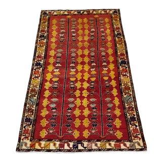 1960s Vintage Shiraz Persian Rug - 4′6″ × 8′10″ For Sale