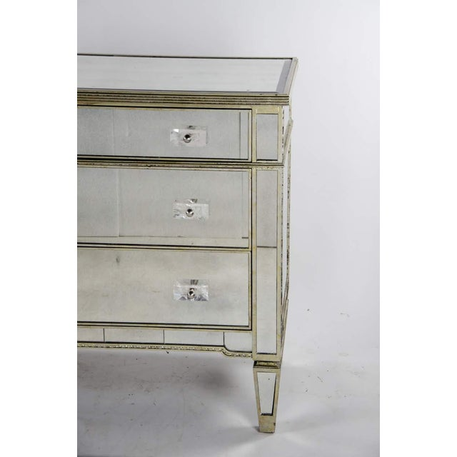 20th Century French 3-Drawer Mirrored Commode For Sale - Image 4 of 13