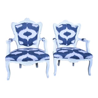 Early 20th Century Italian White Lacquered Armchairs - a Pair For Sale