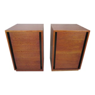 Modernist 4-Drawer Nightstands by Henredon - A Pair