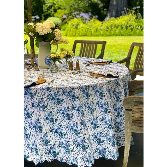 Traditional Blue Floral Scalloped Rectangle Tablecloth For Sale - Image 3 of 6