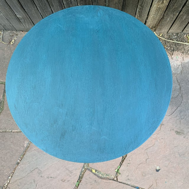 Transitional Teal Green Chalk Paint Round Pedestal Table For Sale - Image 10 of 13