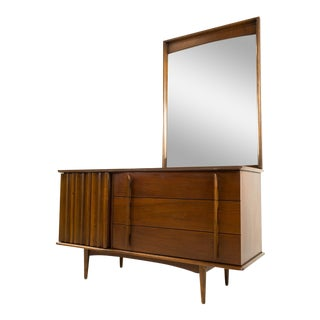 United Lowboy 6 Drawer Dresser With Mirror