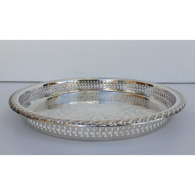 Oneida Silverplate Pierced Large Celtic Server Tray or Platter For Sale - Image 4 of 10