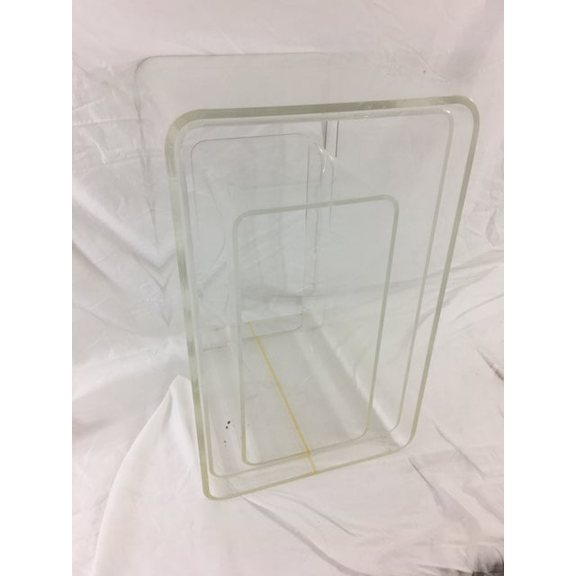 Mid-Century Modern Lucite Nesting Tables - Set of 3 For Sale - Image 11 of 11