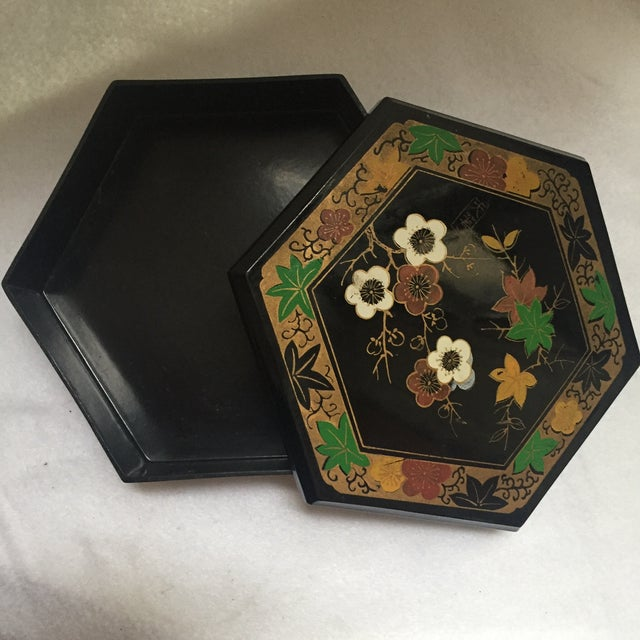 1950s Vintage Japanese Lacquer Style Box - Image 4 of 5