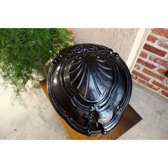 Late 19th Century Antique French Victorian Cast Iron Fireplace Coal Hod For Sale - Image 5 of 11