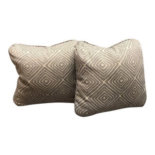 Transitional Lee Jofa Throw Pillows - a Pair For Sale