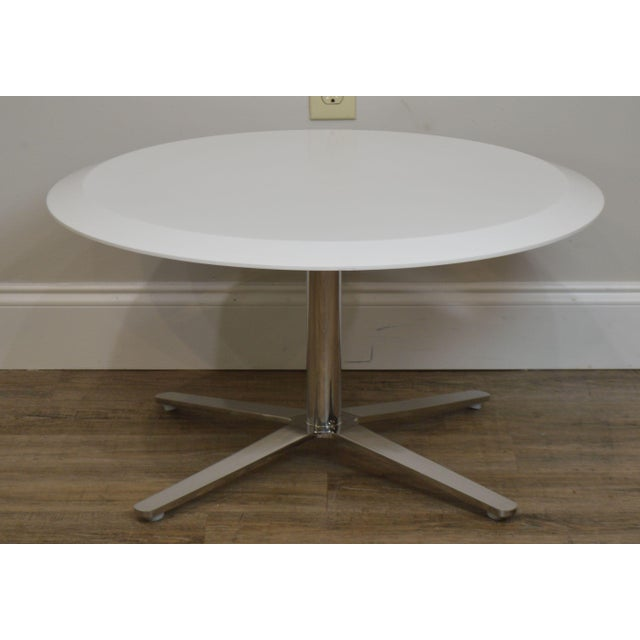Cumberland Mid-Century Modern Style Pair Chrome Pedestal Base Round White Tables For Sale In Philadelphia - Image 6 of 12