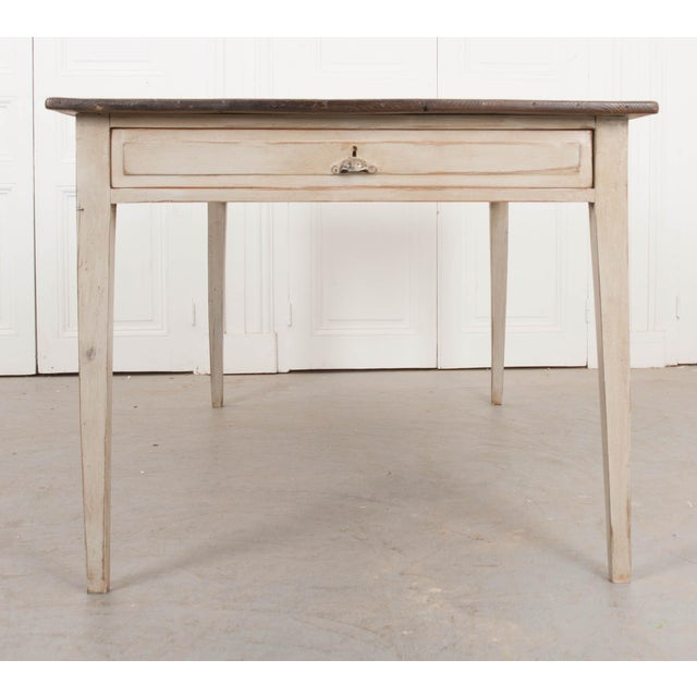 19th Century English Painted Pine Farm Table For Sale In Baton Rouge - Image 6 of 10