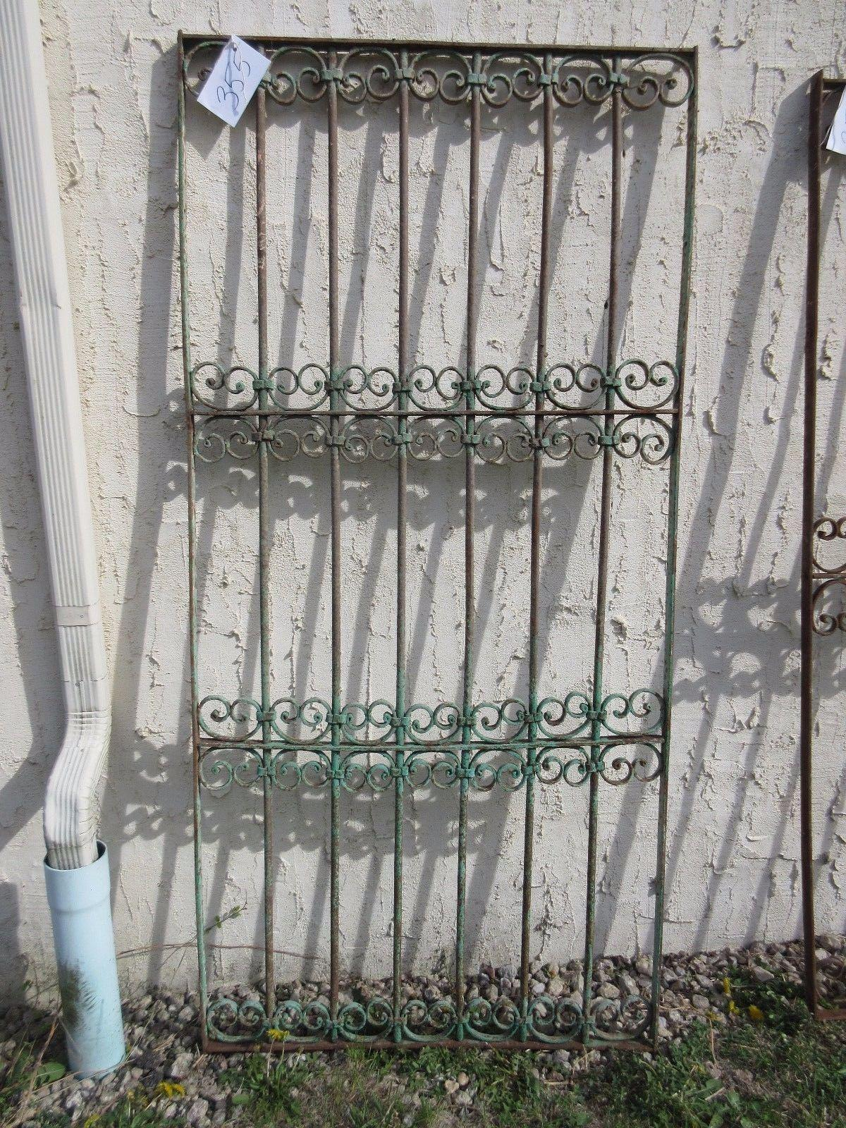 Antique Victorian Verdigris Iron Gate Or Garden Fence For Sale   Image 5 Of  7