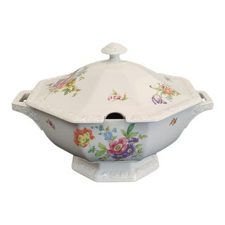 Rosenthal Group Classic Rose Collection Floral Porcelain Lidded Soup Tureen For Sale