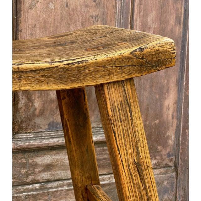 English Saddle Seat or Farm Stool of Elm For Sale - Image 4 of 13