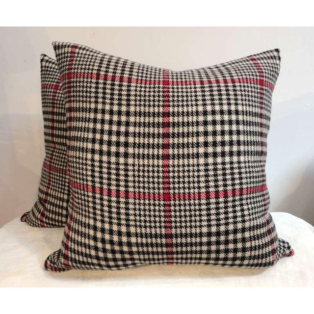 Pendleton Woolen Mills Pair of Pendleton Plaid Hounds Tooth Pillows For Sale - Image 4 of 4