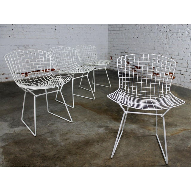 Vintage Mid-Century Modern Bertoia White Wire Side Chairs For Sale - Image 6 of 11