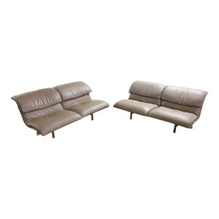 Mid-Century Modern Pair of Giovanni Offredi Saporiti Leather Wave Loveseat Sofas For Sale