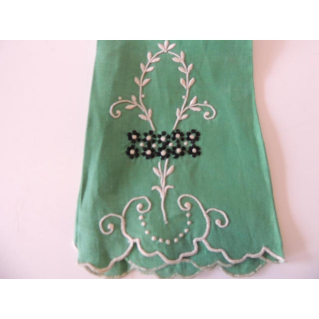 Vintage Green and White Embroidered Bathroom Guest Towel With scalloped edges and small black flowers. 100% Cotton Size:...