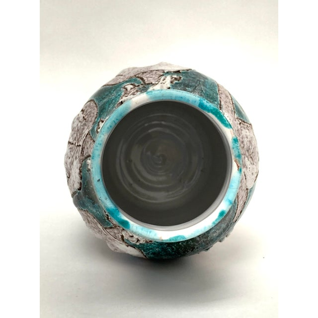Gambone and Fanciullaci Style Italian Mid-Century Modern Ceramic Vase For Sale - Image 12 of 13