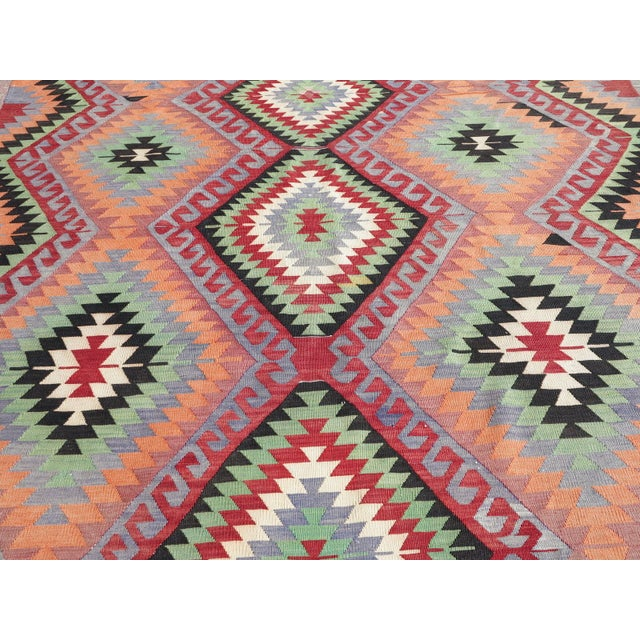 "Vintage Handwoven Turkish Kilim Rug - 6'4"" x 9'6"" - Image 4 of 8"