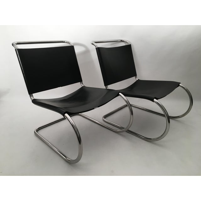 Modern Pair of Mies Van der Rohe MR Lounge Chairs For Sale - Image 3 of 7