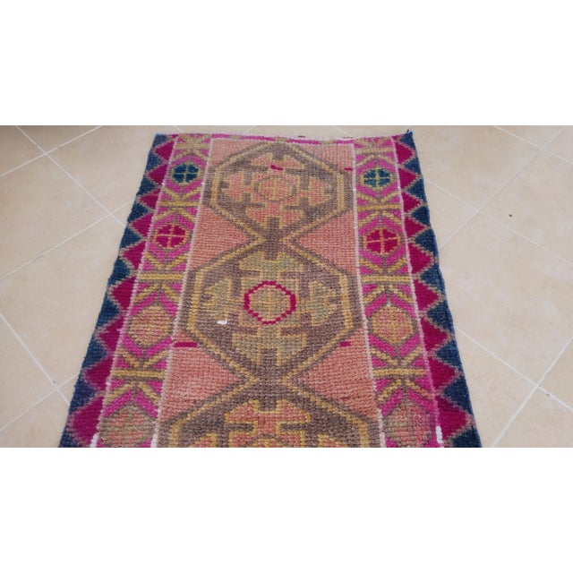 Vintage Pink Turkish Runner- 2'5'' X 8'3'' For Sale In New York - Image 6 of 11