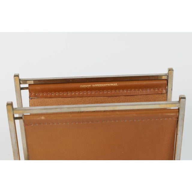 Art Deco Delvaux Paris Leather and Brass Note Pad and Letter Rack Desk Set - 2 Pc. For Sale - Image 3 of 10