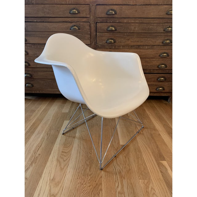 Eames Modernica Eames Fiberglass Shell Chair With Case Study Low Base For Sale - Image 4 of 4