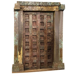 Early 18th Century Antique Haveli Architectural Design Door For Sale