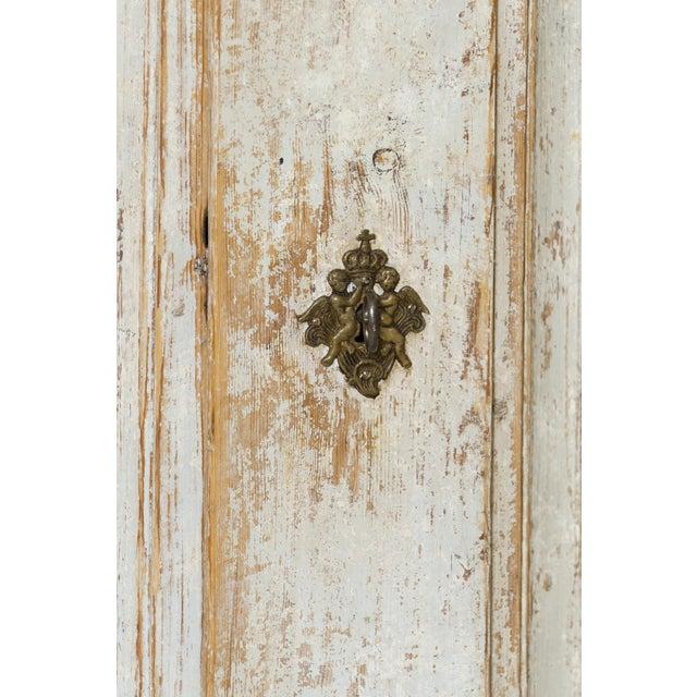 Baroque 18th Century Swedish Baroque Period Linen Press Armoire Cabinet For Sale - Image 3 of 11