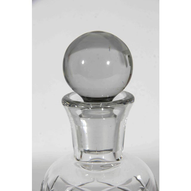 Art Deco Pair of Baccarat Decanters For Sale - Image 3 of 4