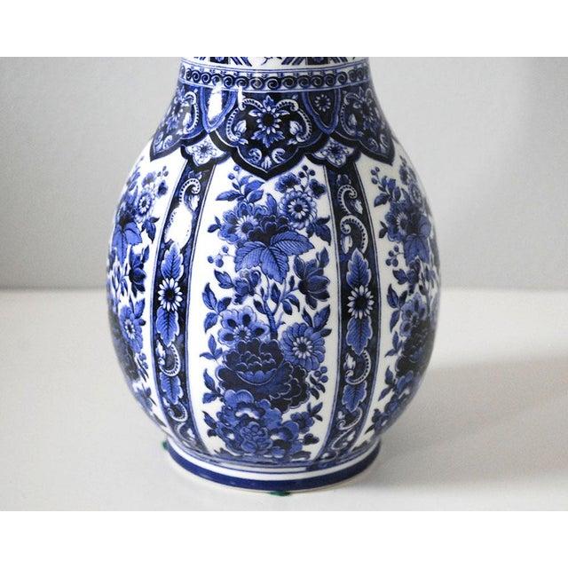 Asian Vintage Blue and White Italian Porcelain Vase For Sale - Image 3 of 6