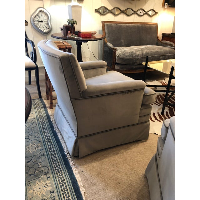 Moviestar Grey Platinum Pair of Vintage Club Lounge Chairs For Sale In Philadelphia - Image 6 of 10