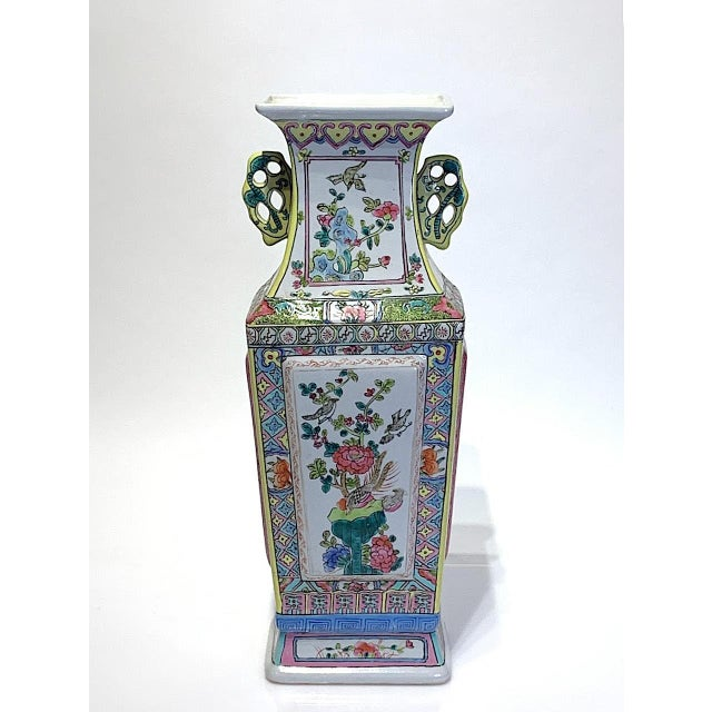 Chinoiserie Mid 20th Century Large Chinese Famille Rose Square-Form Vase With Birds and Ducks For Sale - Image 3 of 10