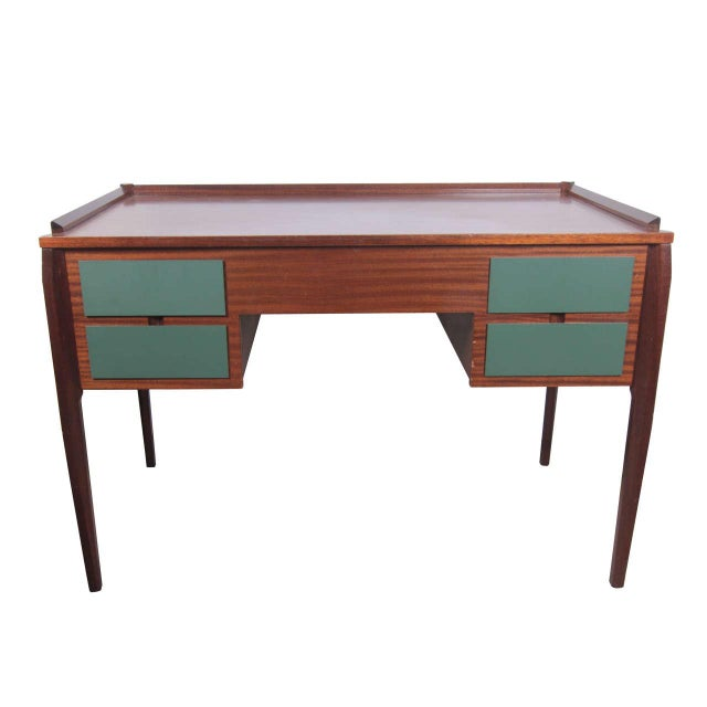 1950s Italian Desk attributed to Gio Ponti For Sale - Image 9 of 9