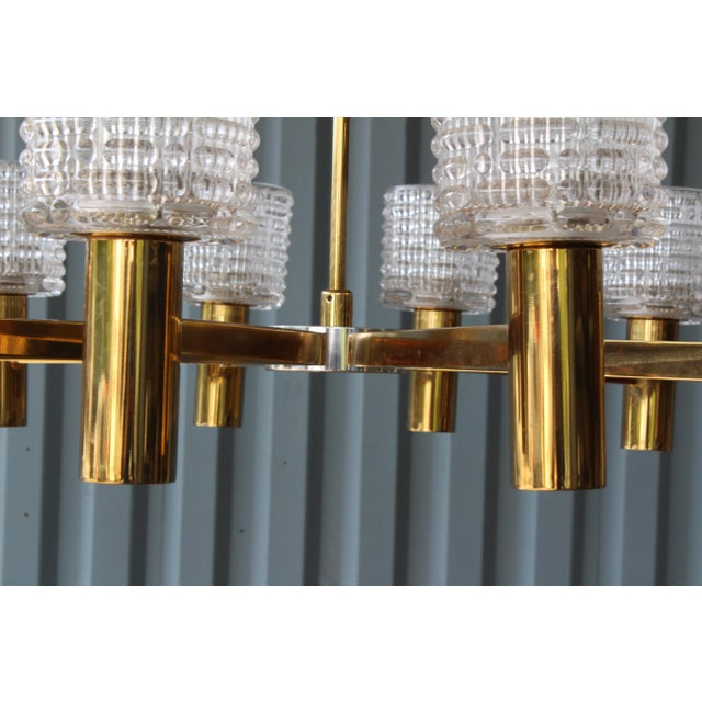 1960s Italian Chandelier With Cut Crystal Shades by Arredoluce Monza For Sale In Los Angeles - Image 6 of 7