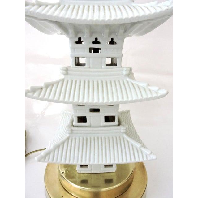 Blanc De Chine Oriental Pagoda Table Lamp - Image 6 of 6