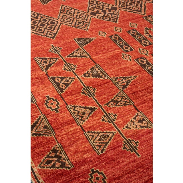 Schumacher Schumacher Amu Area Rug in Hand-Knotted Wool Silk, Patterson Flynn Martin For Sale - Image 4 of 7