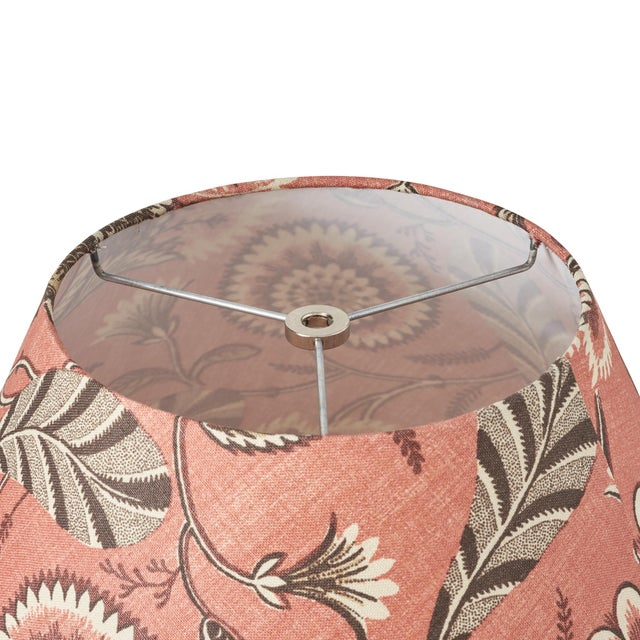 Contemporary Schumacher Ursula Linen Lampshade in Document For Sale - Image 3 of 5