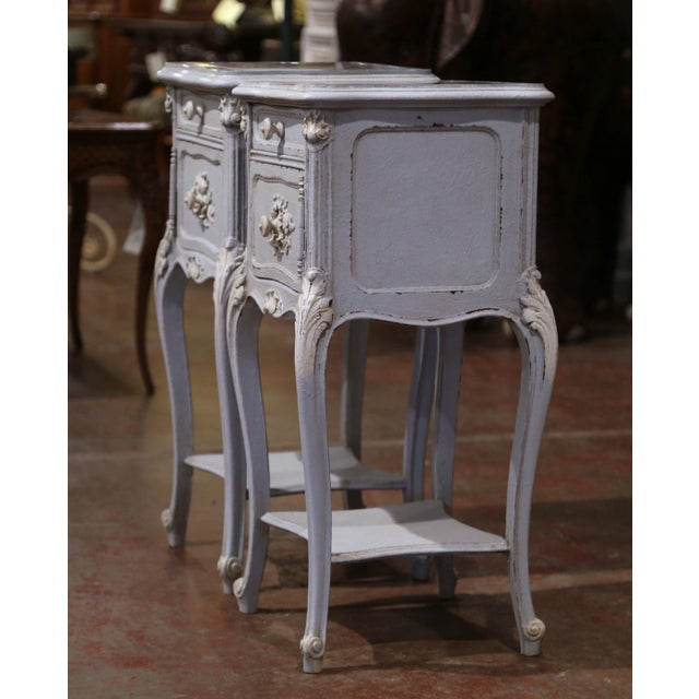 White Pair of 19th Century French Louis XV Carved Painted Nightstands With Marble Top For Sale - Image 8 of 12