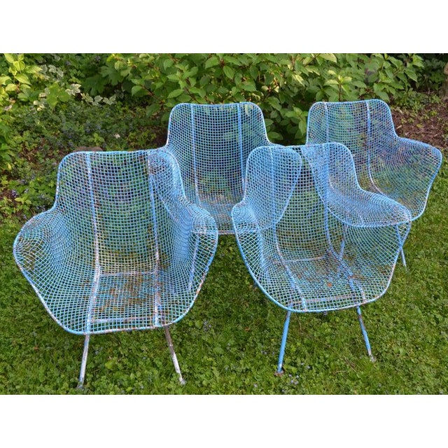 Russell Woodard Sculptura Wire Patio Chairs, Set of 4, in As-Found Sea Sky Blue For Sale In Madison - Image 6 of 13