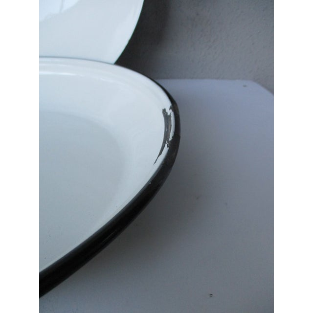 Enamel Cool Atomic Squiggle Retro Enamel Pot Pan Wok Paella Server With Lid For Sale - Image 7 of 9